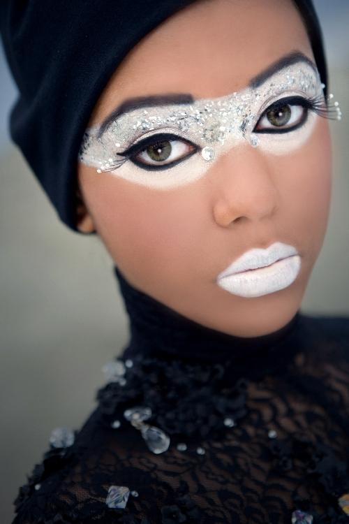 Vancouver Dec 29, 2007 Yila; Third Eye Photography Crystal Gaze Model: Alicia P