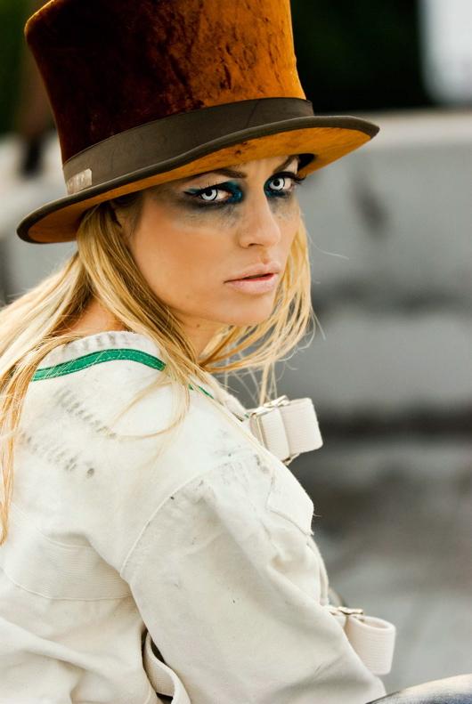 Hollywood Roof Jan 02, 2008 Racket Magazine-Lisa Boyle Racket Magazine