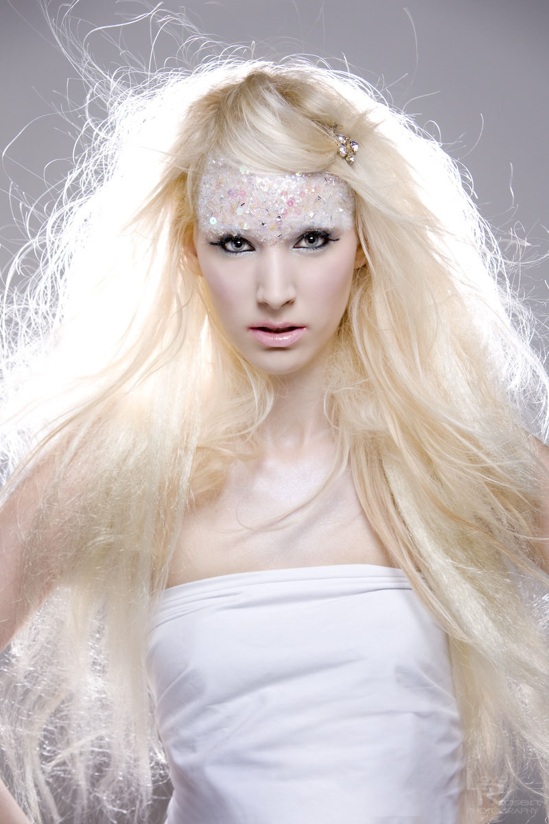 Female model photo shoot of B r i t t i n e a in Long Beach