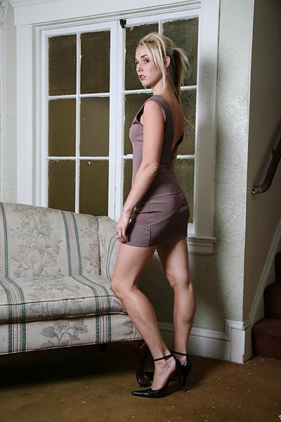 Female model photo shoot of Meghen