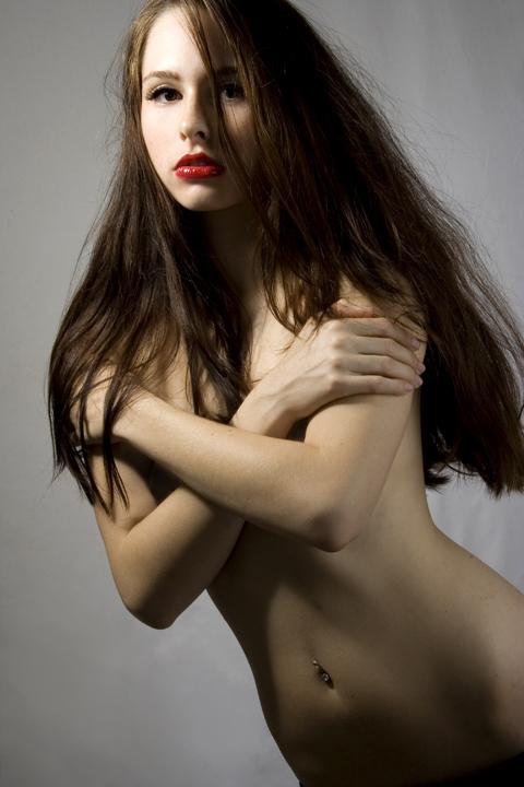 http://photos.modelmayhem.com/photos/080109/08/4784c68ea1628.jpg