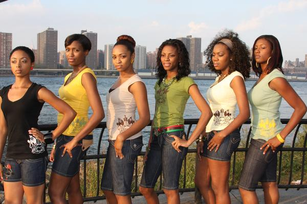 Under the Brooklyn Bridge. Jan 12, 2008 2007 Line up of the females at the photo shoot.