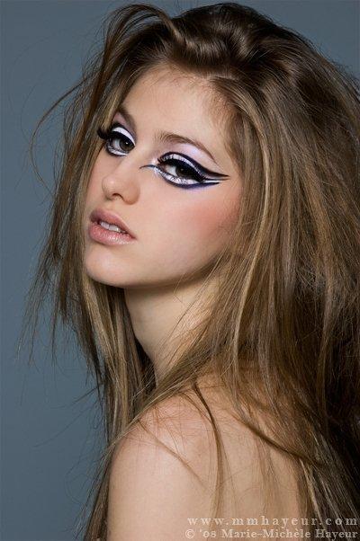 Montreal Jan 18, 2008 Make-up/Hair: Anabelle Deschamps Elisabeth (Montage)