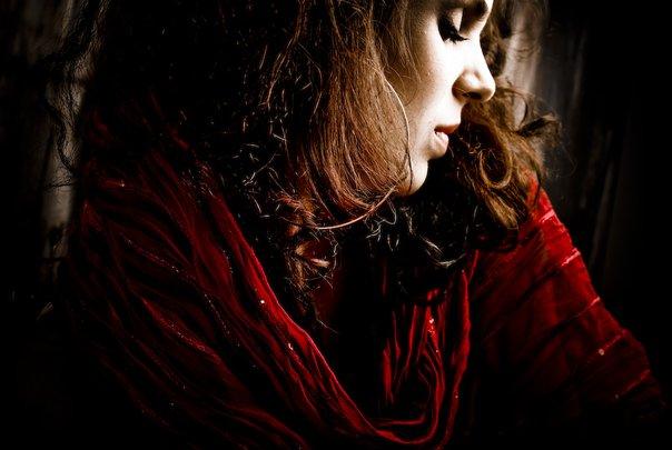 Female model photo shoot of Natasha Lazarovic by ruzz