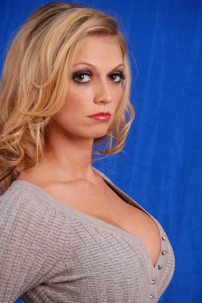 Studio Jan 23, 2008 SMSPhotography Susan HeadShot