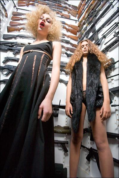 New York City Jan 30, 2008 Sarah Small  Girls in Ryders Gun Vault
