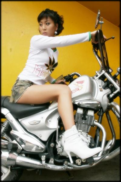 Jan 31, 2008 biker girl :)