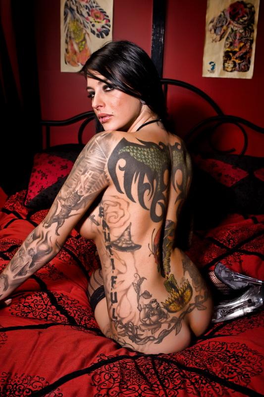 Chattnaooga Feb 03, 2008 lalamodel.com 2008 tattoo