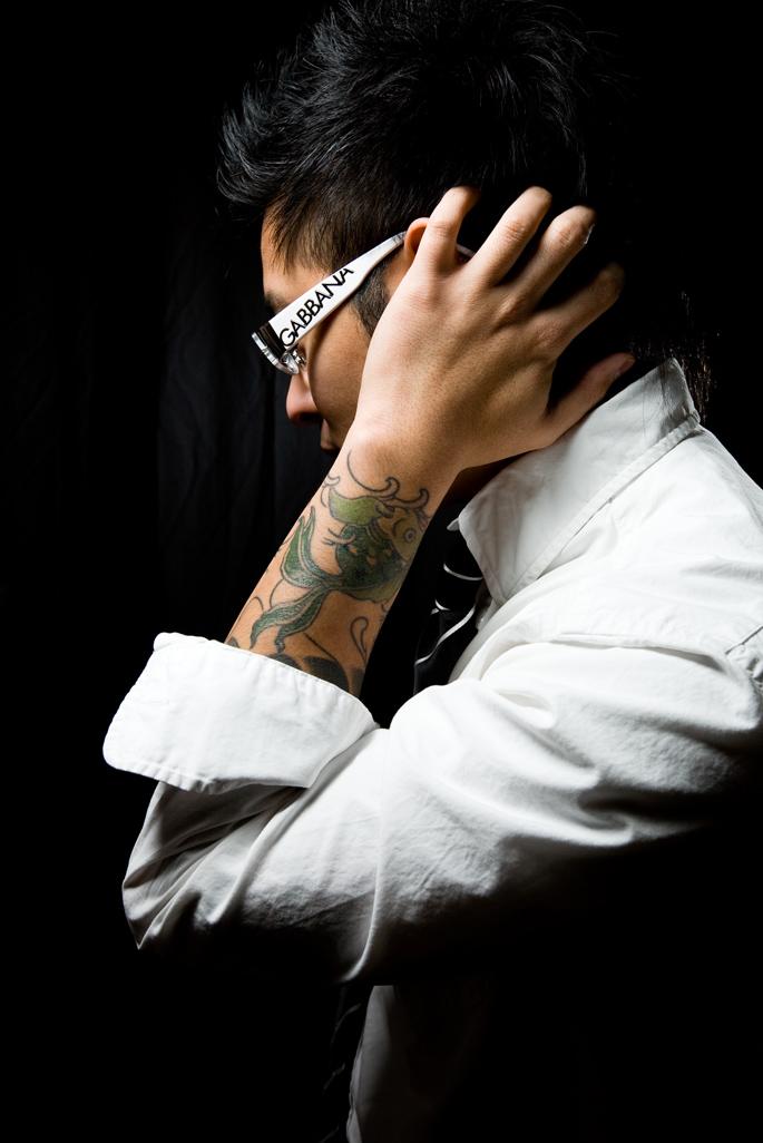 Male model photo shoot of Ian Wize