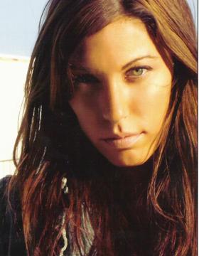 Female model photo shoot of Debbi Larkins