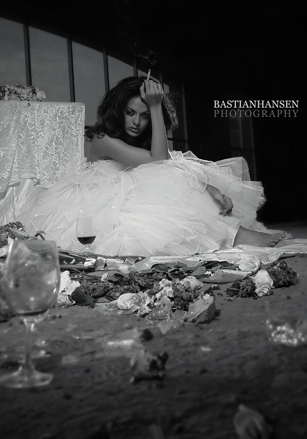 Feb 13, 2008 BastianHansenPhotography Broken Bride....