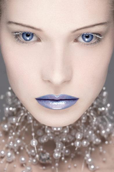 Female model photo shoot of aurelia vandermeulen