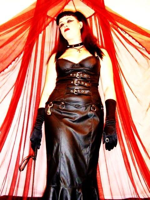 Female model photo shoot of Babette the Blood Bitch in Jacksonville, FL