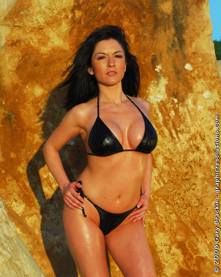 Leander, Tx Mar 05, 2008 © 2008 Gary Brackin model: Roxy Luevanos