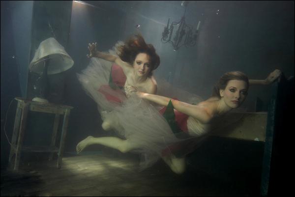 Mar 06, 2008 Scott Rhea-photographer Underwater, Models-Ciara and Sierra