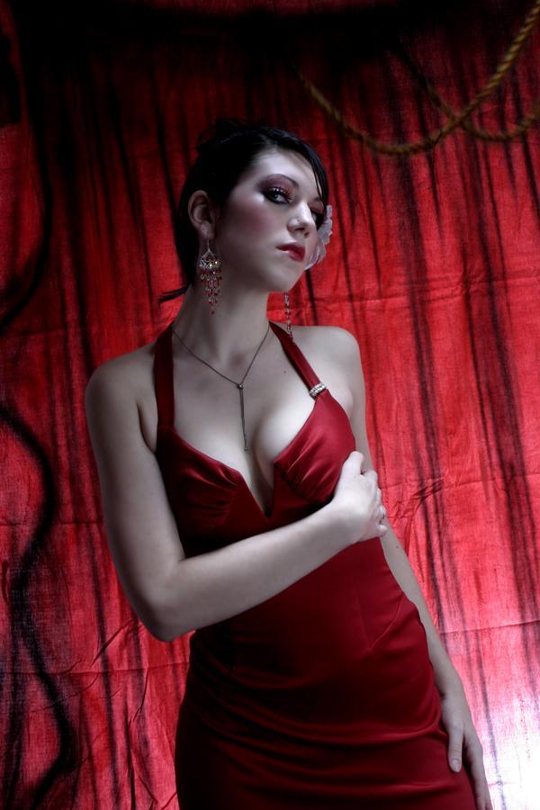Female model photo shoot of Alena Dawn Stylist MUA