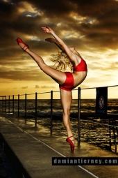 http://photos.modelmayhem.com/photos/080321/18/47e43dd280cd0_m.jpg