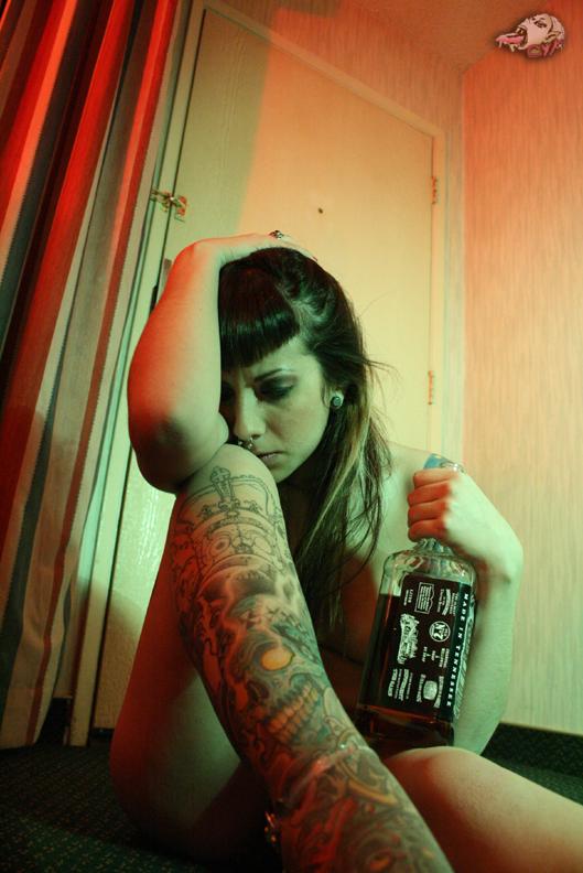 Female model photo shoot of Dani Hart