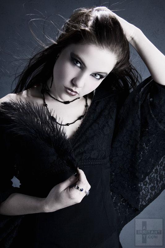 Female model photo shoot of Ravenlyght