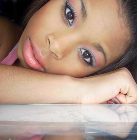 Apr 03, 2008 beauty shot