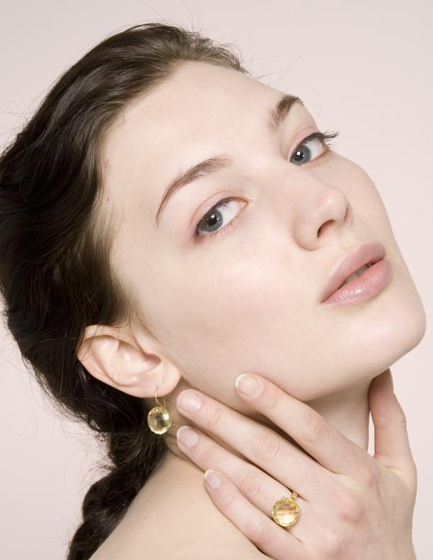 Female model photo shoot of Amber Rose makeup and Natalie Tasha by Bridget Brock in Seattle, WA