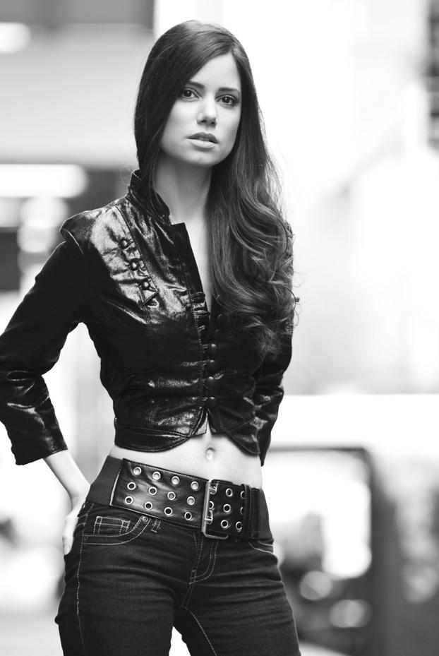 Female model photo shoot of Tati Dunn by Angel Hernandez, makeup by Suzana Hallili