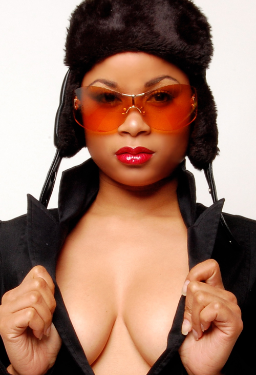 IN STUDIO Apr 10, 2008 D.AUSTIN PHOTOGRAPHY & ALIMA INDUSTRIES SHES  A REAL BEAUTY