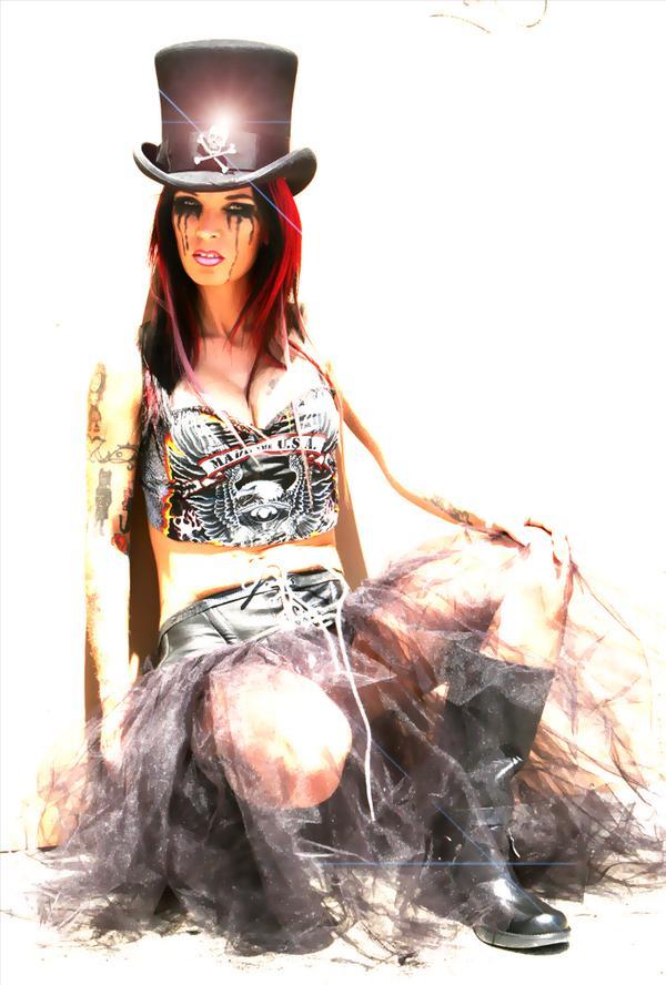 Huntington Beach Apr 13, 2008 Hew Photo / Franki Doll  Cryliner Extraordinnaire