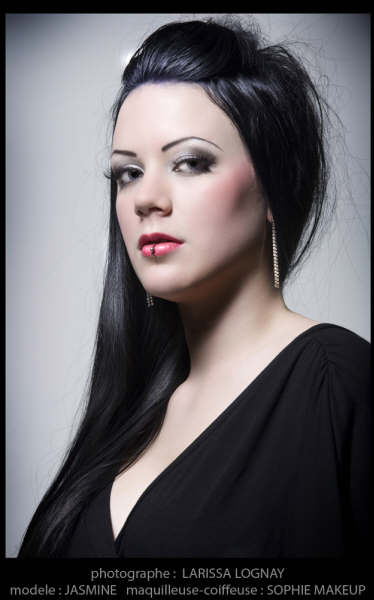 Female model photo shoot of Sophie_Makeup and Jasmine Virginia by LarissaL in college Marsan