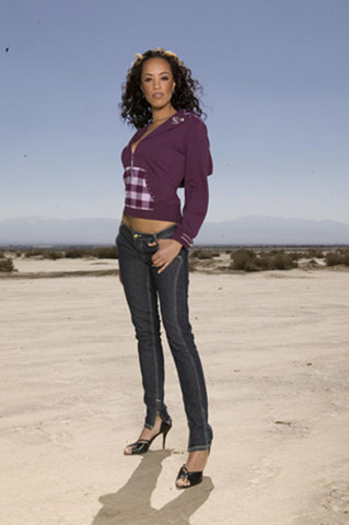 El Mirage, CA Apr 23, 2008 PerfectPhoto 2008 lil Mama in the desert