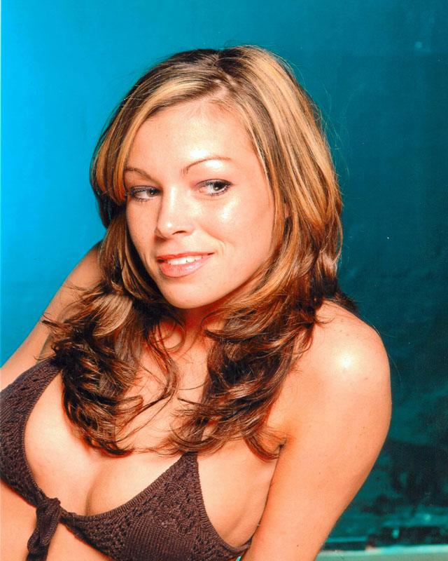 Female model photo shoot of A-net B