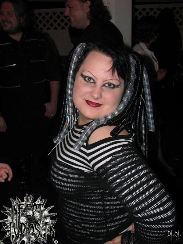 Female model photo shoot of Tabitha Nyx in Das Bunker