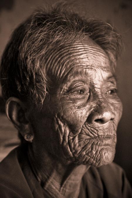 Nha Trang, Vietnam 2007 May 01, 2008 Wind Photography A bearing spirit...