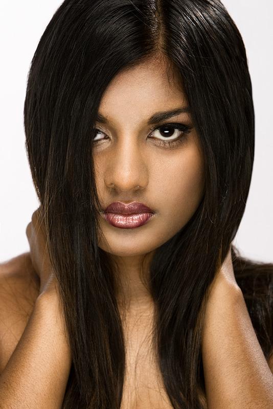 Topeka, KS May 04, 2008 bAD imaging Sabrina Barber (Assistant) #558082, Amber ODell #699666 (Makeup Artist)