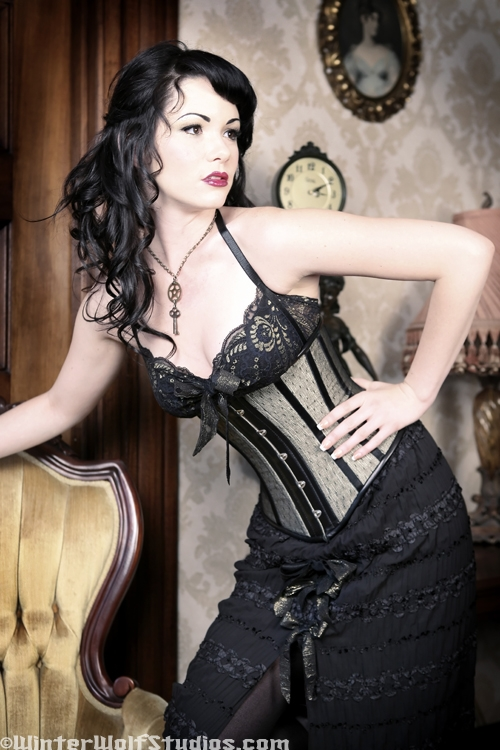 May 07, 2008 WinterWolf Studios dress by KvO design PUBLISHED in Gothic Beauty Magazine
