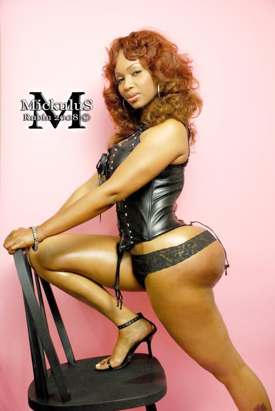 Female model photo shoot of Pebbelz in Memphis