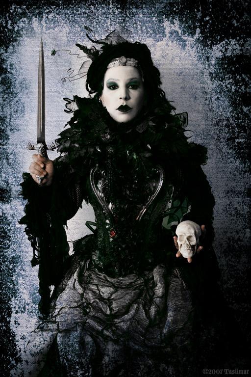May 12, 2008 2007 TASLIMUR The Queen of Swords Tarot