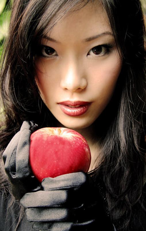 Singapore May 14, 2008 Yoshima Foo Poison Apple