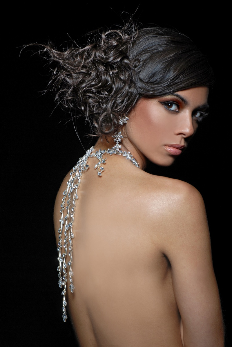 Female model photo shoot of Sonia Yasmin Ali by SOLLYOGRAPHY, retouched by MAX TOUCH, makeup by Hbeauty