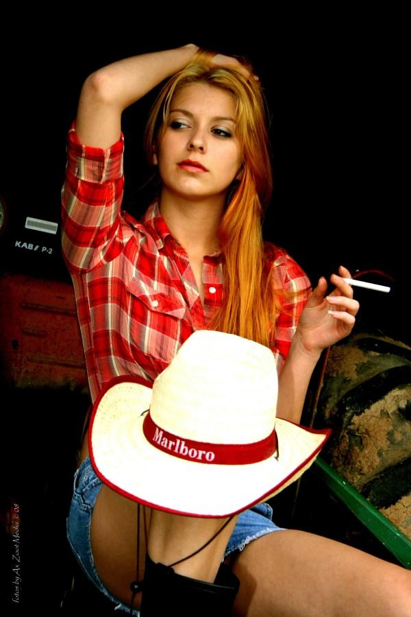 May 22, 2008 Zoot Media Marlboro girl