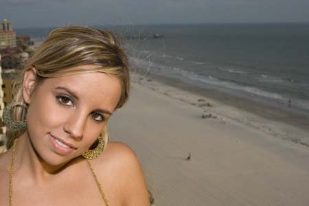 Female model photo shoot of LindsyHall by Carl Roberts in st. pete beach