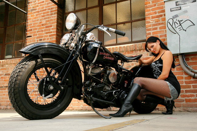 OLD TOWN ORANGE,CA. May 31, 2008 MIKE BASSO PHOTOGRAPHY :  2008 MODEL : DEVIN NICOLE