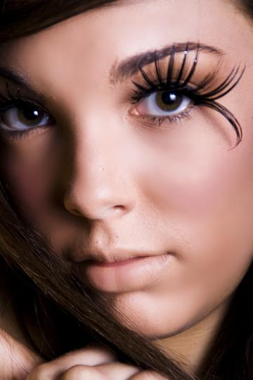Female model photo shoot of Caitlin Thomas by Caitlin Thomas, makeup by Molly McMenamin