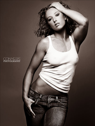 Female model photo shoot of Arkadya in Memphis, TN