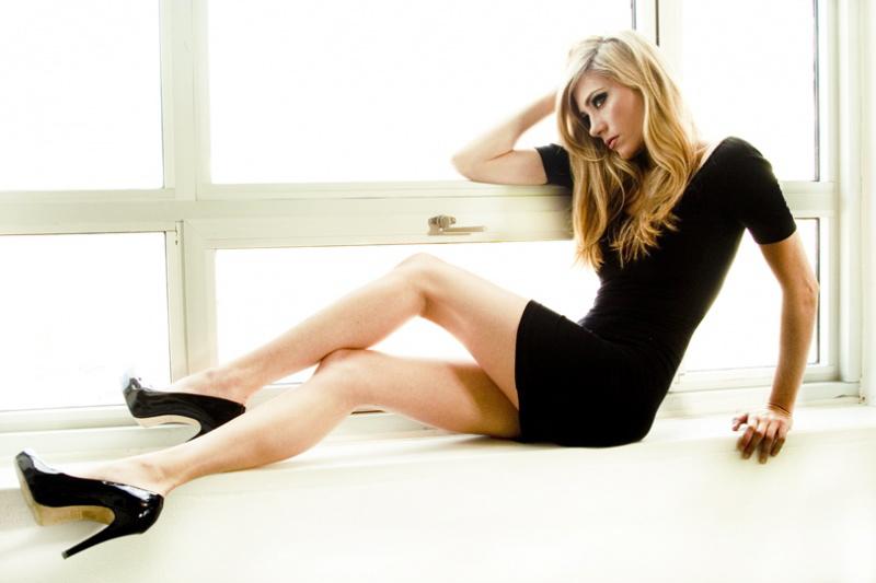 Female model photo shoot of Haley Lin by Alexander Meyer