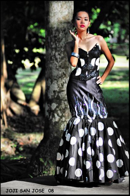UP Diliman Jun 12, 2008 Joji San Jose Rodel Bong Morris Collection (Polka Dots)