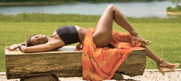 Female model photo shoot of Nayamka