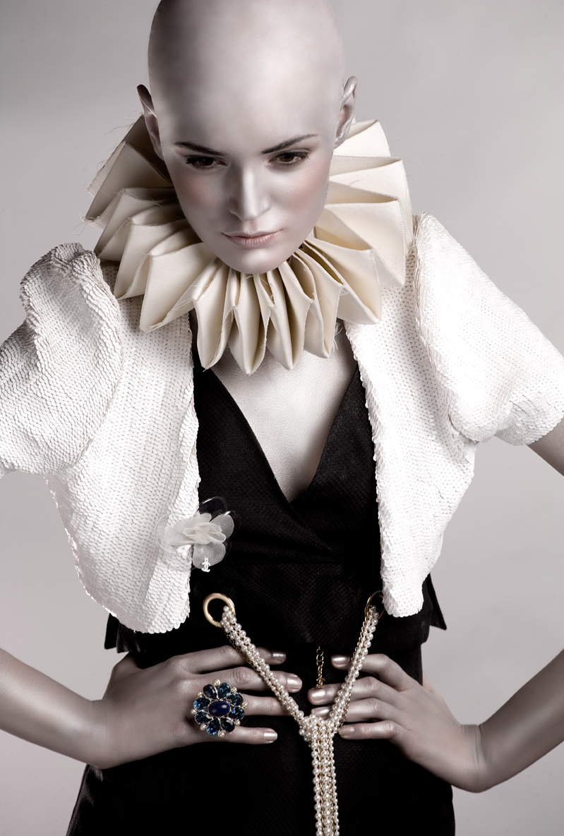 Jun 20, 2008 joel dart pour C&G, styliste Marie Revelut