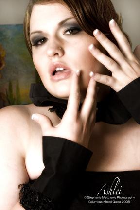 Female model photo shoot of Ashlei E in Columbus, Ohio
