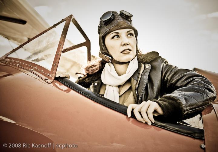 Seattle Jun 24, 2008 ©08 Ric Kasnoff | ricphoto Amelia Earhart Off to WAR! Shoot - Jun 2008